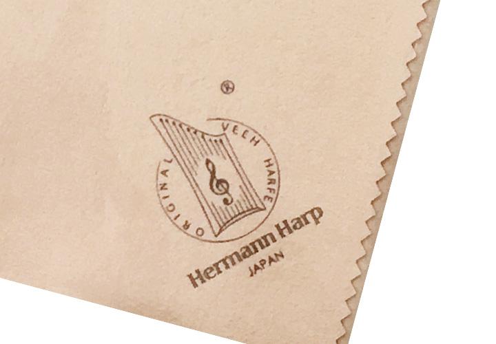 ヘルマンハープのロゴ入り